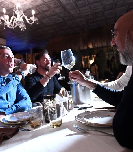 Tienduizenden restaurants in Italië open ondanks verbod, politie deelt boetes uit