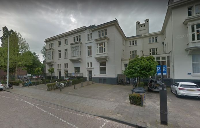 Woningen aan de Raiffeisenstraat in Eindhoven. Deze gemeentelijke monumenten mogen aan de binnen- en achterkant gewoon aangepast worden. Een kwestie van deregulering, aldus de gemeente Eindhoven.