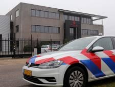Politie valt binnen bij Waalwijkse medicinale wietkweker op dag rechtszitting: 'Dit is psychologische terreur'