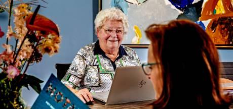 Marianne (81) werkt door: 'In de middag lig ik altijd even, ik ben geen 20 meer hè?'