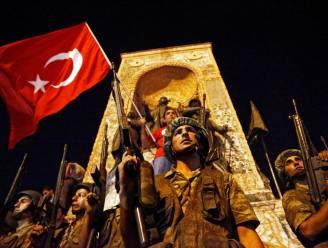 Tientallen arrestaties in Turkije bij razzia op verdachten 4 jaar na staatsgreep