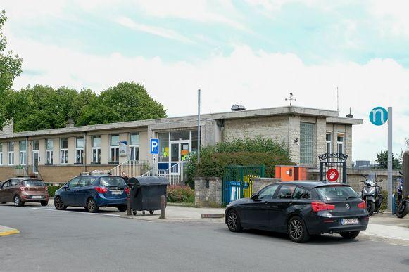 De Franstalige school Aurore in de Van Rolleghemstraat.