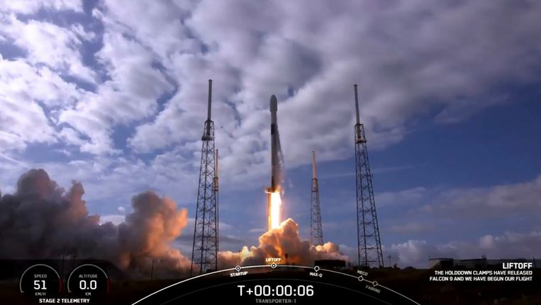 De Spacex Falcon 9  Beeld AFP