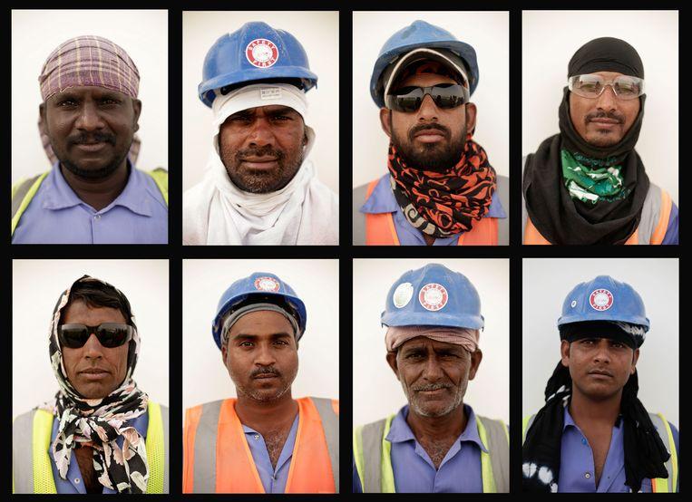 In de bouw van de futuristische stadions voor het WK voetbal van 2022 werken veel arbeidsmigranten uit onder andere India onder zware omstandigheden. Beeld AP
