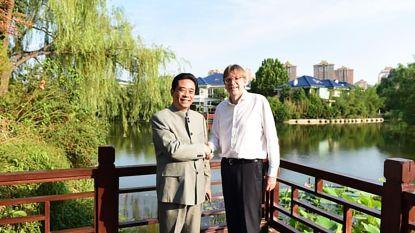 Ook Verhofstadt schudde handjes in China
