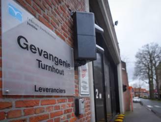 """Bekende advocaat luidt alarmbel over Turnhoutse gevangenis: """"Onhygiënischer kan je het niet verzinnen"""""""