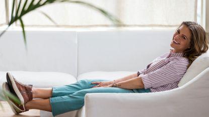 """Karen Damen ontwerpt haar eigen favoriete kleding: """"Die jeans is bangelijk goed gelukt, ik lijk er zoveel slanker in."""""""