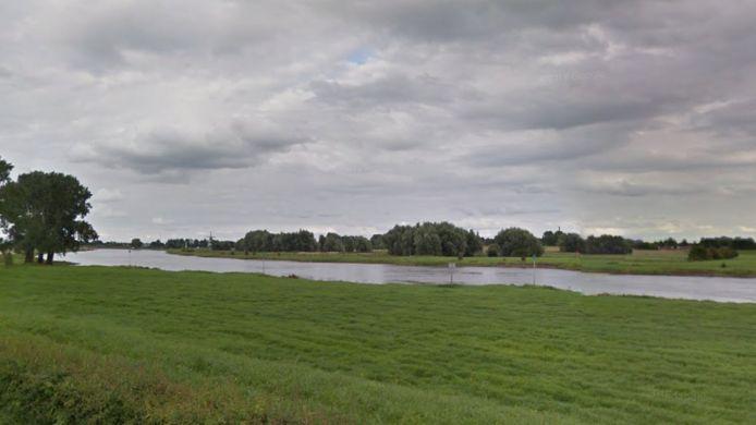 Vanaf de IJsseloever bij Welsum handelde de visser adequaat.