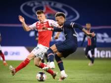 Foket et Faes secoués 4-0 par le PSG qui peut encore rêver du titre