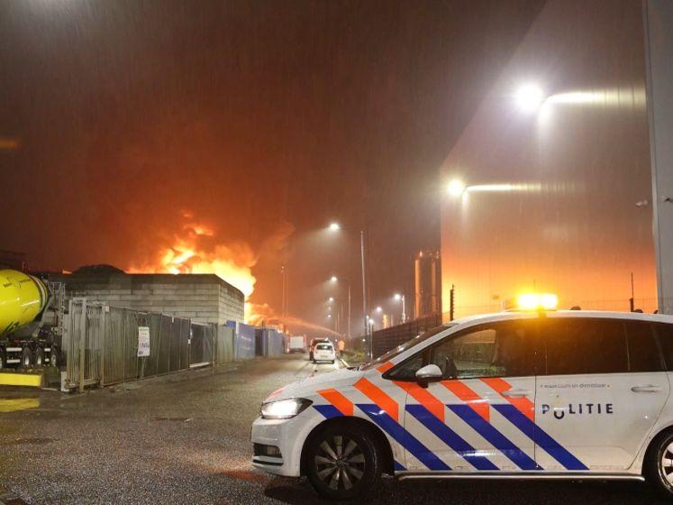 Vuurzee bij 'zeer grote' industriebrand in Den Bosch