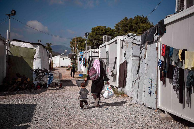 Vluchtelingenkamp Ritsona, ten noorden van Athene.Volgens de Griekse premier Mitsotaki is het aantal migranten dat in Griekenland verblijft disproportioneel. Beeld AFP