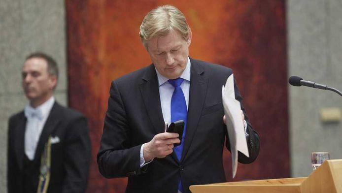 Staatssecretaris Martin van Rijn van Volksgezondheid tijdens het vragenuurtje in de Tweede Kamer, half maart.