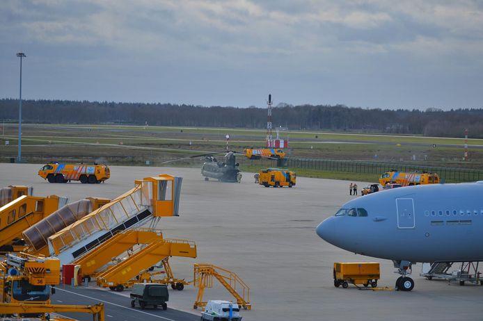 Militair toestel met technische problemen veilig geland op Vliegbasis Eindhoven.