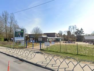 """""""Ook overgebleven leerkrachten zitten op hun tandvlees"""": corona treft Zaventemse scholen hard, met sluiting en verplicht afstandsonderwijs tot gevolg"""