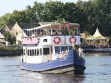 Fietsboot Eemlijn vaart weer: 'We zijn openbaar vervoer, daarom mochten we weer varen'