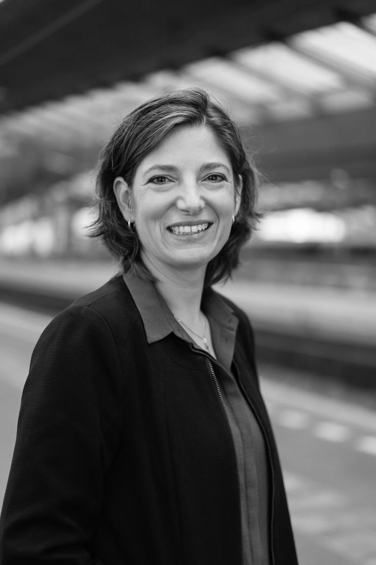 Rosaliene Israël is praktisch theoloog en predikant bij de Protestantse Kerk Amsterdam. Beeld