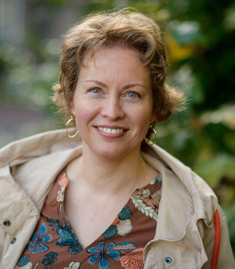 Hengelose Michelle Visser koppelt in roman familiegeschiedenis aan emigratieverhaal: 'Uit bewondering voor de vrouwen van toen'