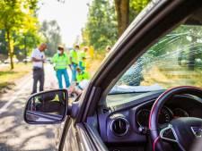 Ouder echtpaar zwaargewond door aanrijding nabij een oversteekplaats in Nuenen