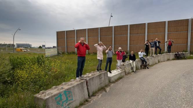 Eindhovense wijk Blixembosch moet tot 2025 wachten op stiller asfalt op de A50, geluidsscherm wordt niet aangepast