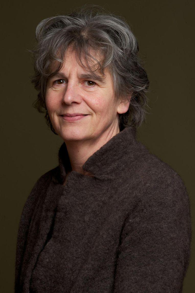 Annet Mooij - De schrijfster werkt als biograaf en zelfstandig onderzoeker Beeld Sanne Zurne