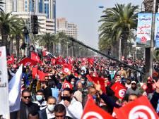 Crise politique en Tunisie: le principal parti mobilise ses partisans dans la rue