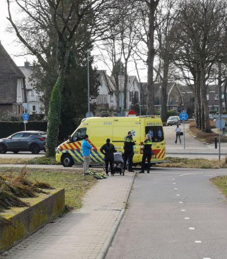Fietsertje gewond door botsing met auto in Ede