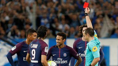 Cavani behoedt PSG van verlies in Marseille na goal en rood voor Neymar