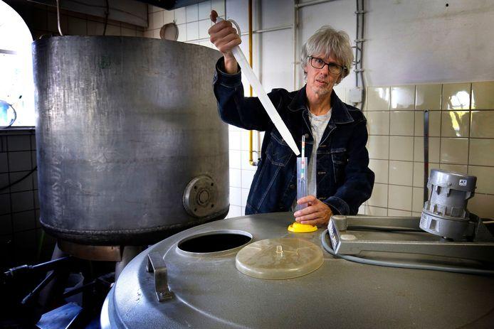 Henk Kuiper nam de brouwerij van zijn vader over.
