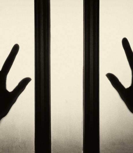 Man (53) uit Gendringen misbruikte stiefdochtertje (10) jarenlang