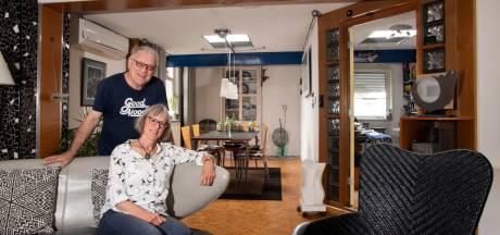 Van smederij tot uniek 'knutselhuis' in Enschede: binnenkijken bij kunstenaar Henk Maassen en zijn vrouw Annette