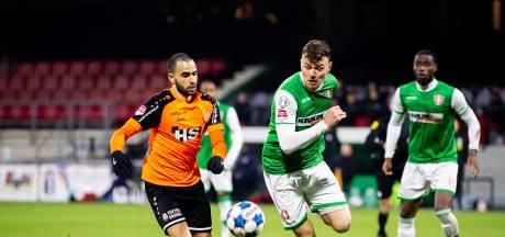 Julius Bliek zit in laatste anderhalve week bij FC Dordrecht: 'De trainer en ik zitten niet op één lijn'