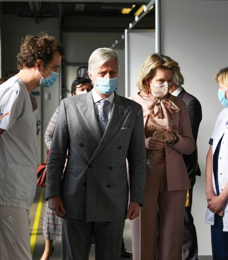 Le Roi et la Reine vont rendre visite à un hôpital de Charleroi