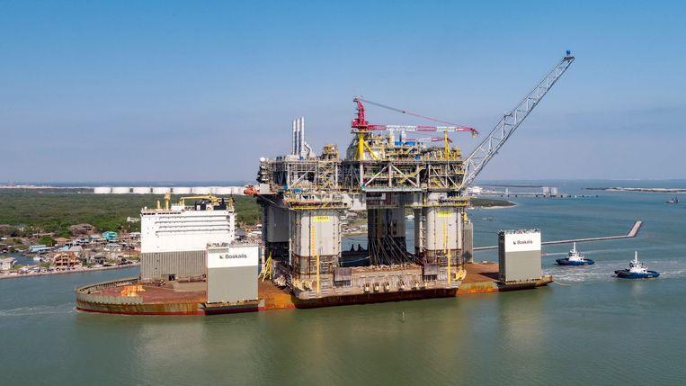 Over tien jaar, meldde topman Bernard Looney vorig jaar, pompt BP 40 procent minder olie en gas op dan in 2019. Beeld BP