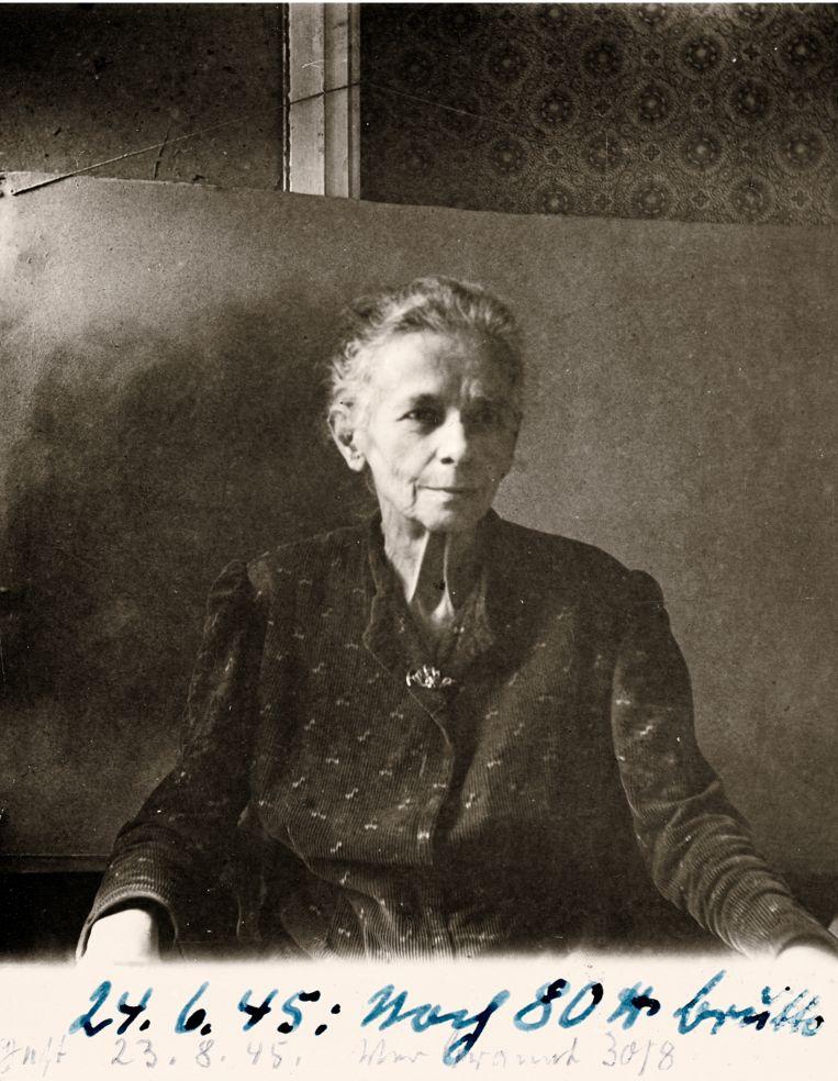 De laatste foto van Anna, gemaakt op 24 juni 1945. Beeld Museum Charlottenburg-Wilmersdorf