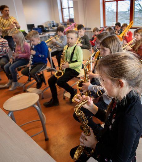 Meer violen en saxofoons in de klas, dankzij muziekakkoord in Bergeijk, Eersel en Veldhoven