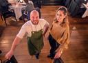 Chef René Vermeulen en zijn vrouw Astrid runden al restaurant 't Spuihuis in Bergen op Zoom, maar hebben nu ook hun handtekening gezet onder de aankoop van het eeuwenoude pand zelf.