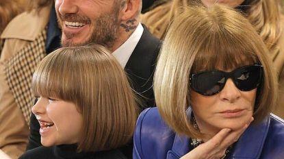 Zien: Harper Beckham en Anna Wintour met identiek kapsel op London Fashion Week