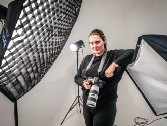 """Fotografe Tiny (43) brengt Oostkampse jongeren tijdens corona in beeld: """"Hun hulpkreten deden mij nadenken"""""""
