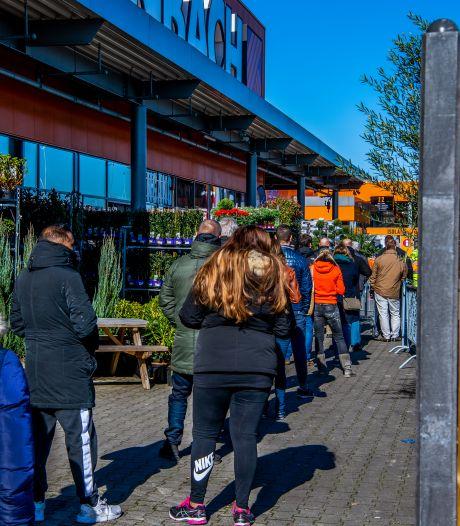 FNV wil 5 procent loon erbij voor winkelpersoneel