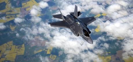 """""""Les F-35 coûtent presque deux milliards de plus que prévu"""""""
