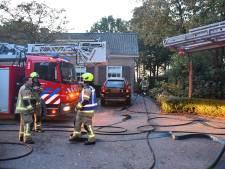 Brand in rieten schuurdak in Middelburg