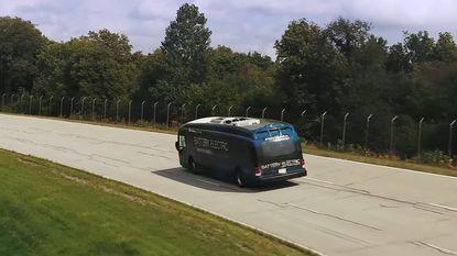 Elektrische bus haalt 1.772 kilometer met een laadbeurt