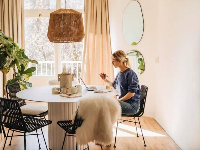 """Lifestylejournaliste Karlijn Visser legt uit hoe je een 'holistische thuis' creëert: """"Metaal en droogbloemen zijn een no-go"""""""