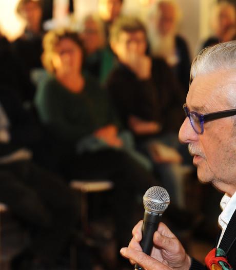 Jan Siebelink te gast in Wierdense bieb