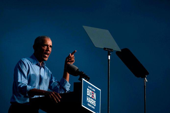 De voormalige VS-president Obama tijdens de verkiezingsbijeenkomst in Philadelphia, Pennsylvania.