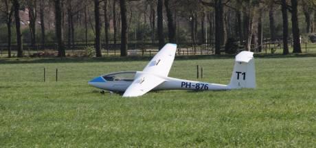 Zweefvliegtuig vanaf vliegveld Teuge maakt noodlanding in Rijssen