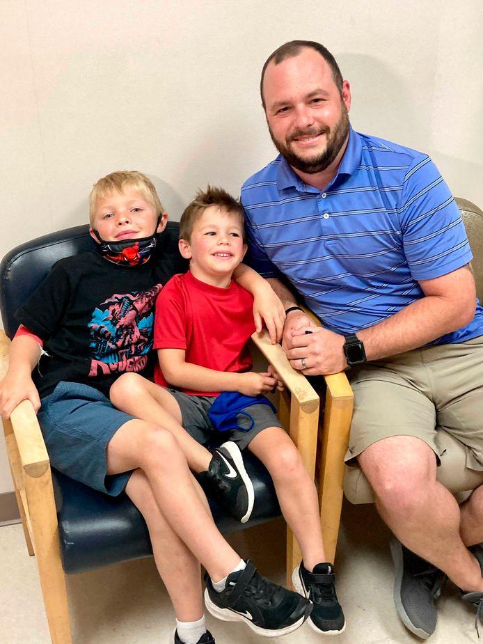 De broertjes Tucker en Russell Bright doen mee aan de klinische proeven.