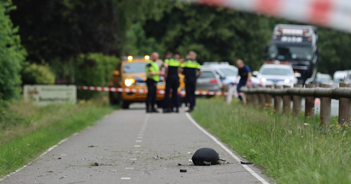 Motorrijder overleden bij eenzijdig ongeluk tussen Otterlo en Ede.