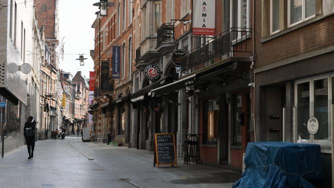 """Leuvense horeca revolteert tegen vroeg sluitingsuur: """"Als dít de voorwaarden zijn, open ik terras niét"""""""