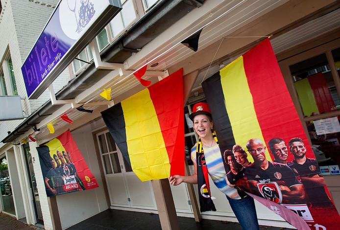 Iete Braeken uit Nuenen moedigt België aan tijdens het EK